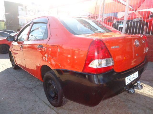 Toyota - Etios Sedan 1.5 X + GNV - Foto 7