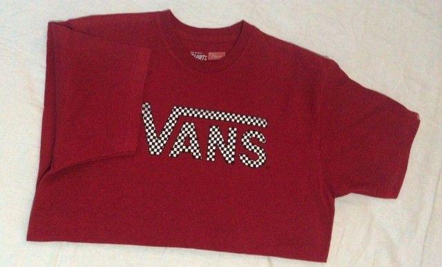 camiseta t-shirts by vans - vermelha - original - classic - p - pouco usado - Foto 3
