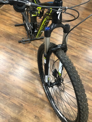 Bicicleta specialized camber 2019 tamanho M (usada) - Foto 6