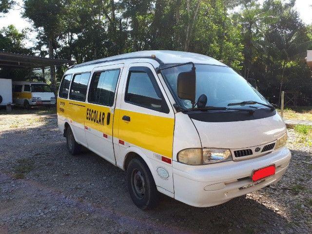 Kia Grand Besta GS 2000/2001