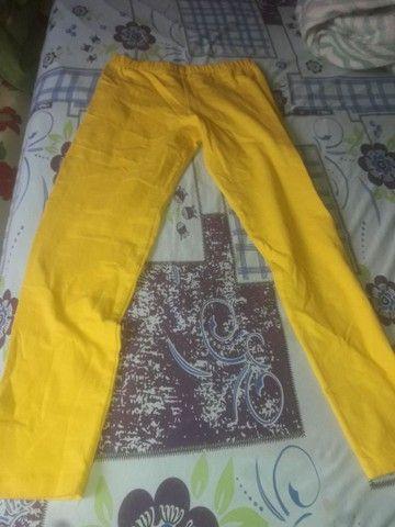 Lote de roupas variados  - Foto 3