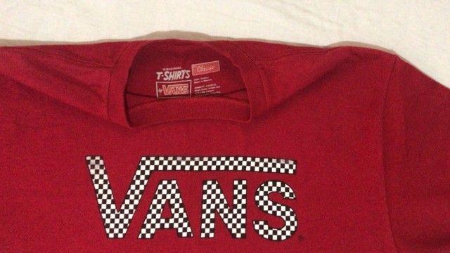camiseta t-shirts by vans - vermelha - original - classic - p - pouco usado