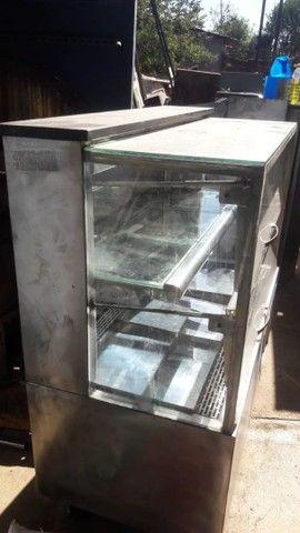 Expositor de torta refrigerado