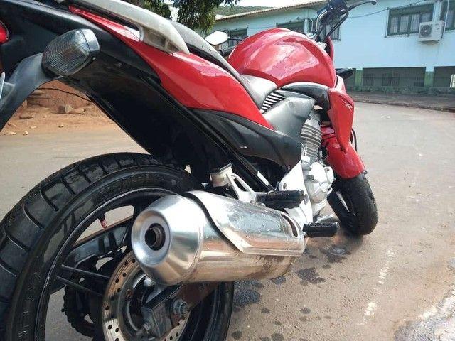 Vendo Honda CB 300  - Foto 2