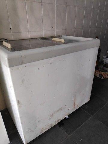 Freezer porta de vidro 400 Litros - Foto 3