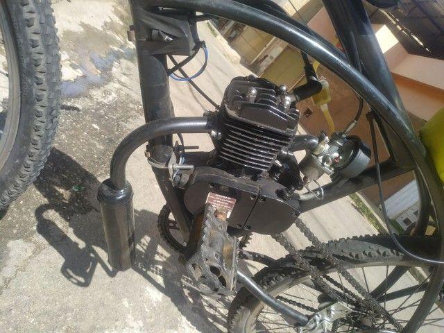 Bicicleta motorizada80cc - Foto 6