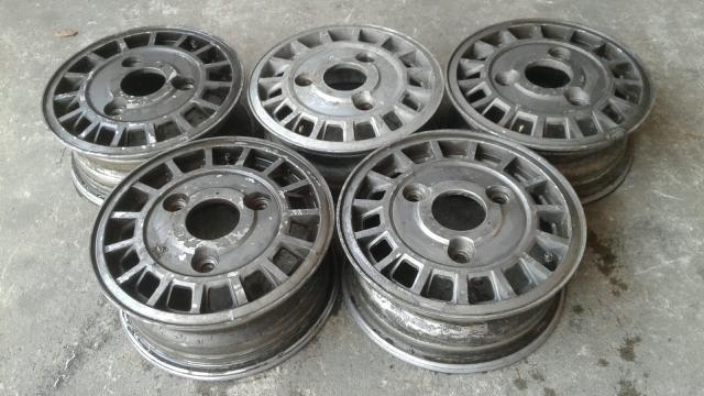 5 rodas de liga leve da linha ford valor $ 400