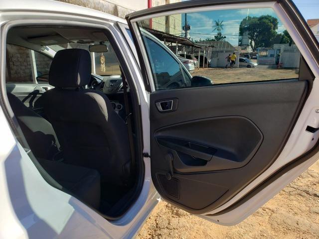 '' Lindo! Ford Fiesta 1.5 Flex 2014/2015, completo. Muito conservado, todo original '' - Foto 9