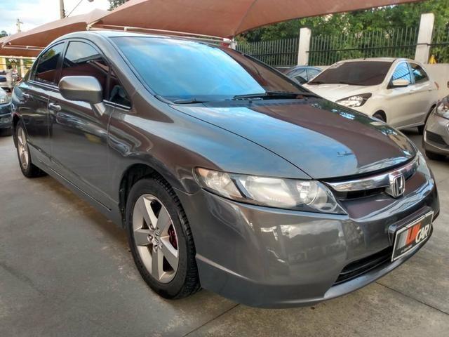 Honda Civic LXS - Automático + Multimídia
