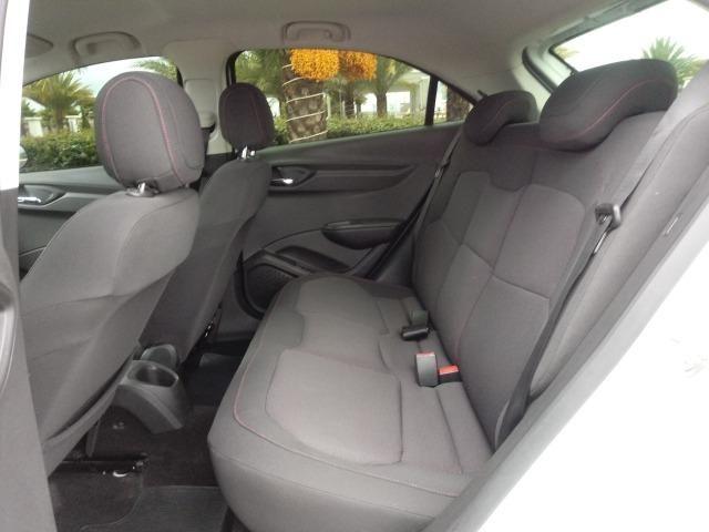 Chevrolet Onix LTZ 1.4 Manual Flex Branco 2015 - Foto 11