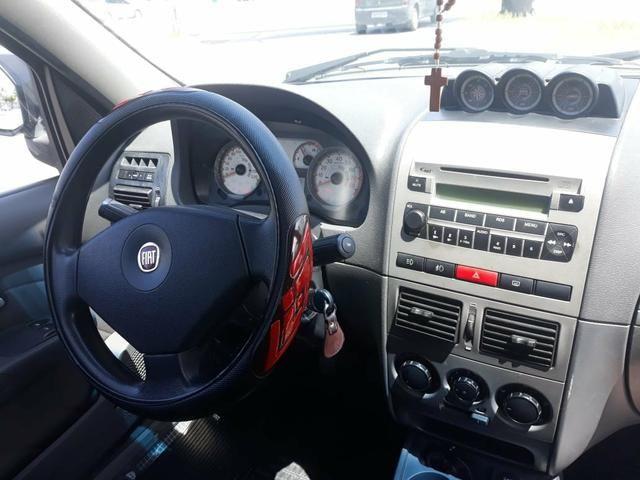Fiat Palio Adventure 1.8 - Foto 2