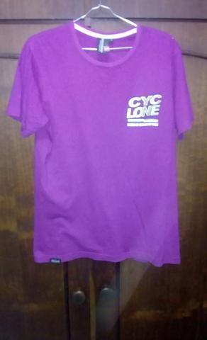 e63ee17039 Camiseta cyclone - Roupas e calçados - Canhema