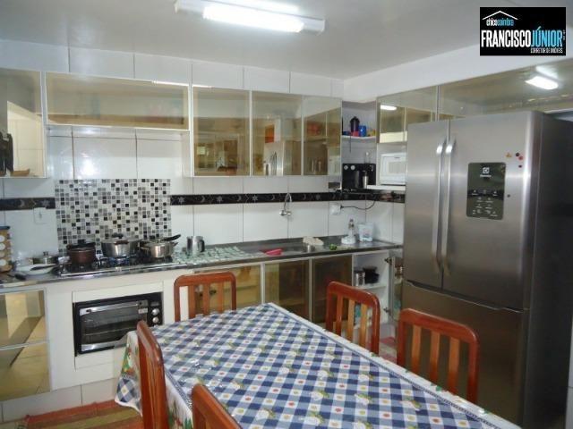 Casa no Setor Coimbra, 4 Quartos 1 suíte, 2 salas, Cozinha com armários, ótima localização - Foto 17
