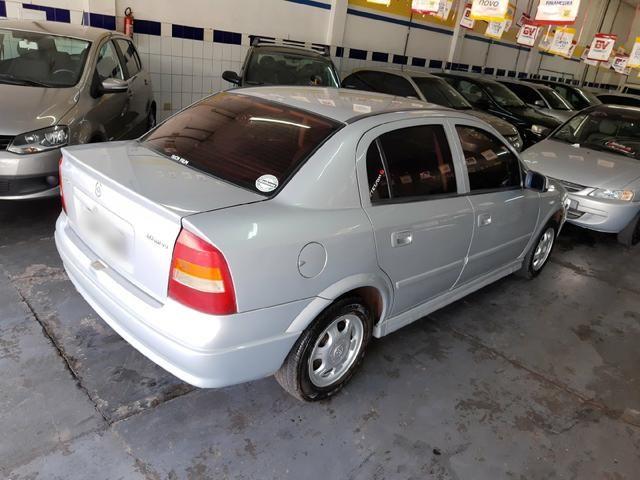 Chevrolet - Astra Sedan GL 1.8 Completo Prata 2001 - Foto 3