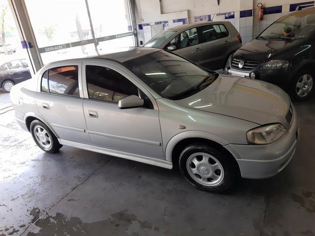 Chevrolet - Astra Sedan GL 1.8 Completo Prata 2001