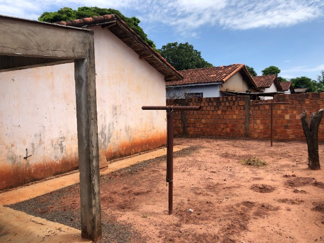 Vende-se uma casa no Bairro Jardim Paraíso, Naviraí-MS - Valor: R$ 35.000,00 - Foto 12