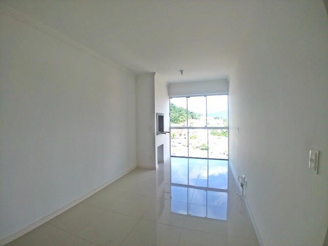 Apartamento em Blumenau, 2 quartos (1 suíte) e 2 vagas - Foto 4