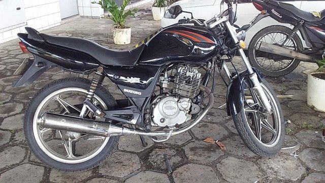 Moto Suzuki ( valor negociável) - Foto 2