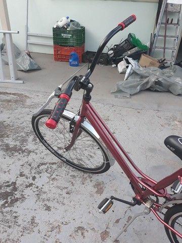 Vendo Uma bicicleta antiga Caloi Pott tudo novo - Foto 3