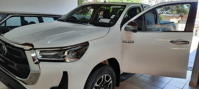 Hiilux CD 4x4 Diesel 2021/2021. Particular Zero zero.  Branco Polar  - Foto 4