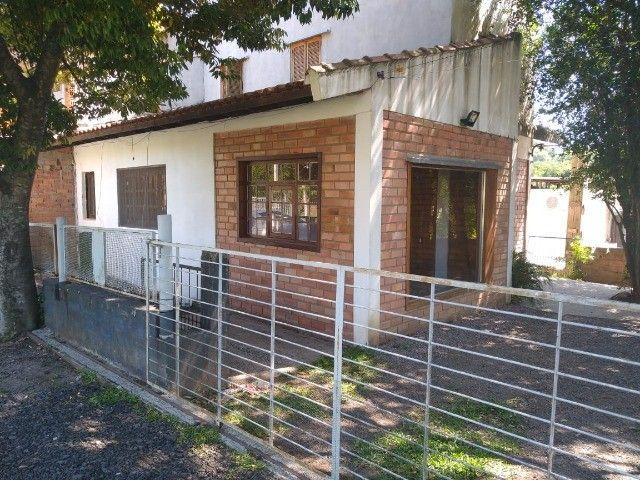 Casa 3 quartos de alvenaria no Bairro Olaria em Canoas 1050,00 direto com proprietário