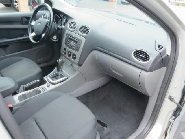 Ford Focus Sedan 2.0  - Foto 6