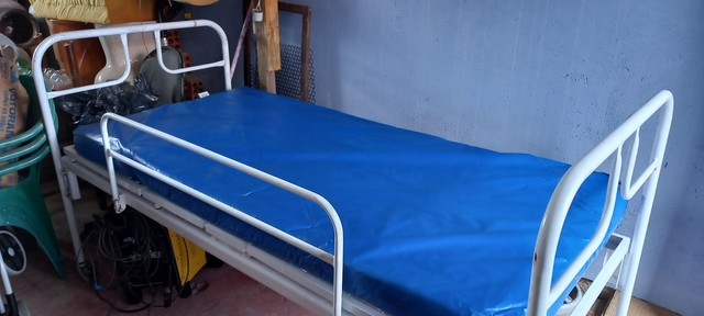 Cama Hospitalar + Ar condicionado umidificador de ar  - Foto 2