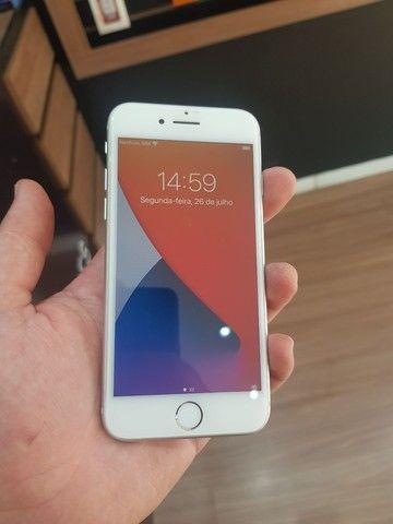 IPhone 8 64GB! Leia o Anúncio! - Foto 2