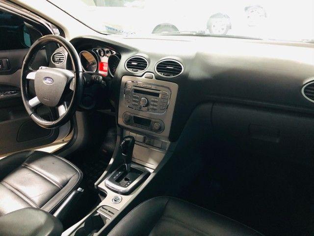 Ford Focus ( impecável baixo km ) - Foto 7