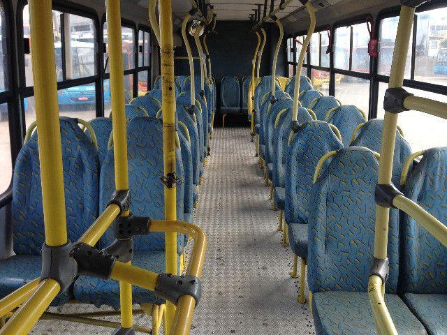Ônibus Mercedes Benz, chassi OF-1722, carroceria Marcopolo, ano/modelo 2005/2005 - Foto 15