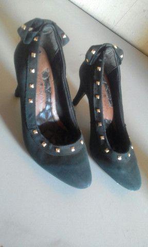 Vende-se 4 sapatos, usados em bom estado. - Foto 4