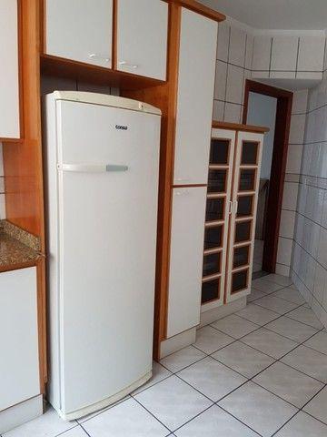 Oportunidade de Locação Anual, Apartamento Mobiliado, frente mar, 03 dormitórios (1suíte) - Foto 7