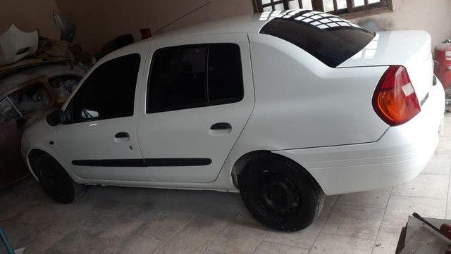 Clio 2003 Sedan