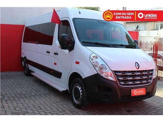 Renault Master 2.3 DCI Diesel Minibus Executive 16 lugares
