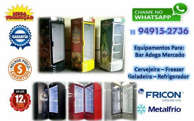 Expositora de Bebidas MetalFrio