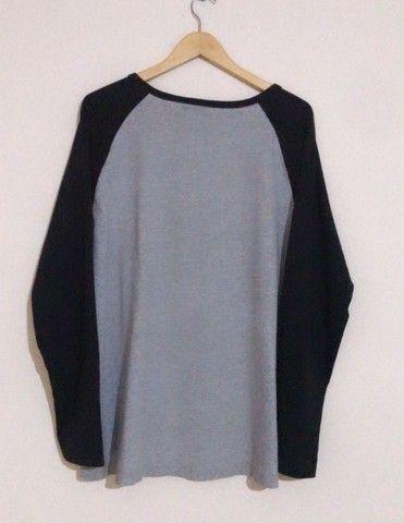 camiseta de manga longa - adidas - xl - gg - original cinza com detalhe de leopardo - Foto 2