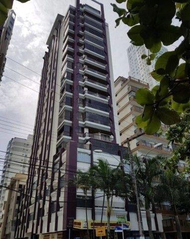 Oportunidade de Locação Anual, Apartamento Mobiliado, frente mar, 03 dormitórios (1suíte) - Foto 3