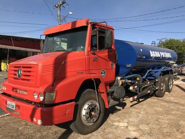 Caminhão 1620 tanque pipa