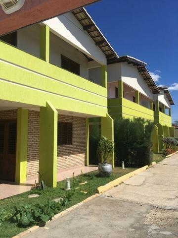 Aluga-se Casa em Condomínio Fechado, Próximo ao Tenda - Foto 2