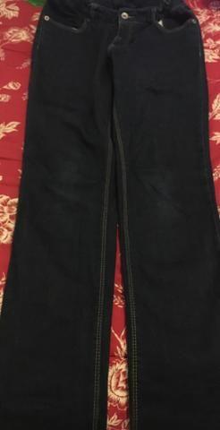 2 Calças preço de uma jeans Zara 13/14 e Calça Branca Taco 38 pequeno