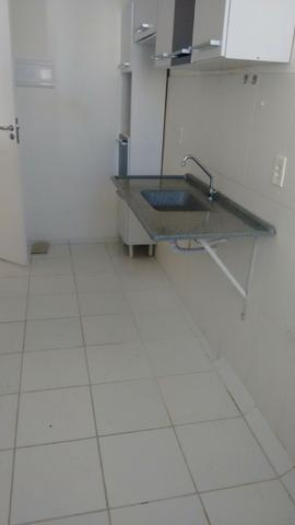Excelente apartamento no Condomínio Fonte das Águas em Feira de Santana - Foto 2