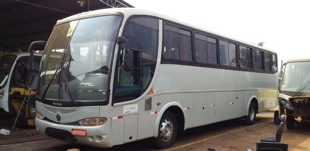 Onibus rodoviario motor dianteiro g6 1721