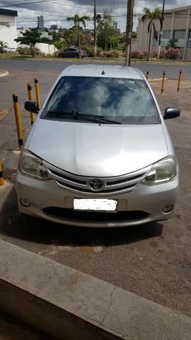 Toyota Etios X 1.3 2013 - Foto 2