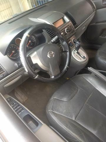 Nissan Sentra vendo ou troco por Dinheiro - Foto 8
