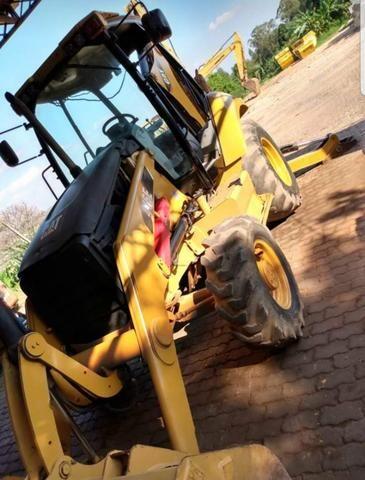 Escavadeira Cat 416e 4x4