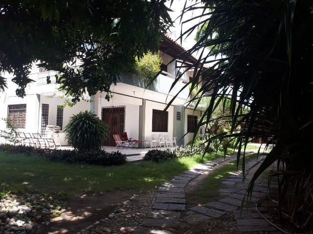 Casa grande em terreno de 22m x 33m, fins comerciais/residenciais - Foto 6