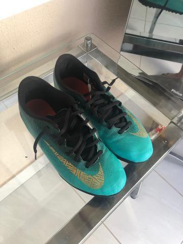 c375271f1ac03 Vendo Chuteira Nike Mercurial Tamanho 39/40 - Esportes e ginástica ...