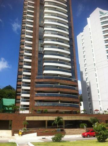 Excelente apartamento com 280 m² - Frontal Mar
