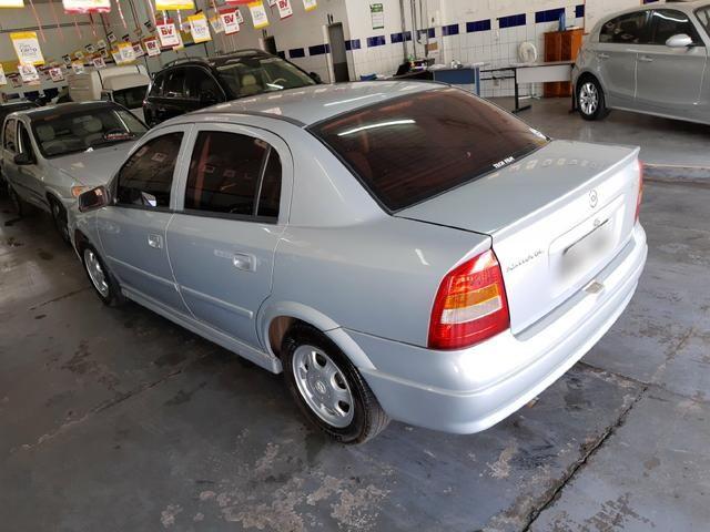 Chevrolet - Astra Sedan GL 1.8 Completo Prata 2001 - Foto 4