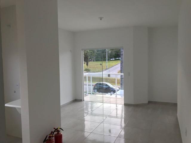 Apartamento de dois dormitórios em Forquilhas - Foto 6